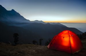 What Are The 10 Essentials For Camping?