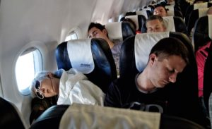 Tips For Flying Alone As A Teenager
